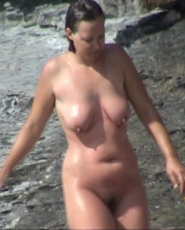 Busty dark hair milf is searching for a cold shower